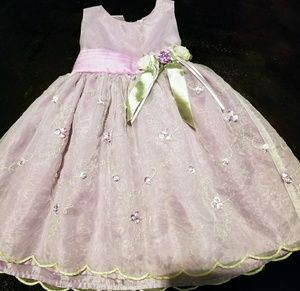 Adorable lilac floral dress 2T